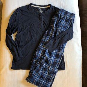 Jockey Plaid pajamas pants & knit top Set Medium